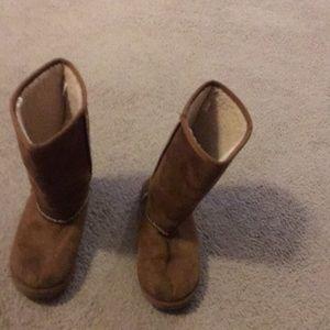 Girls brown air walk boots size 2